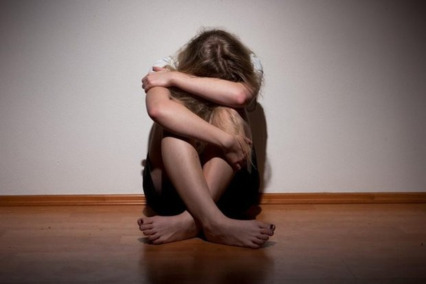 «Сама виновата»:  В чём принято обвинять  жертв насилия