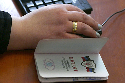 Сбербанк начнет обслуживание клиентов по паспортам ДНР и ЛНР