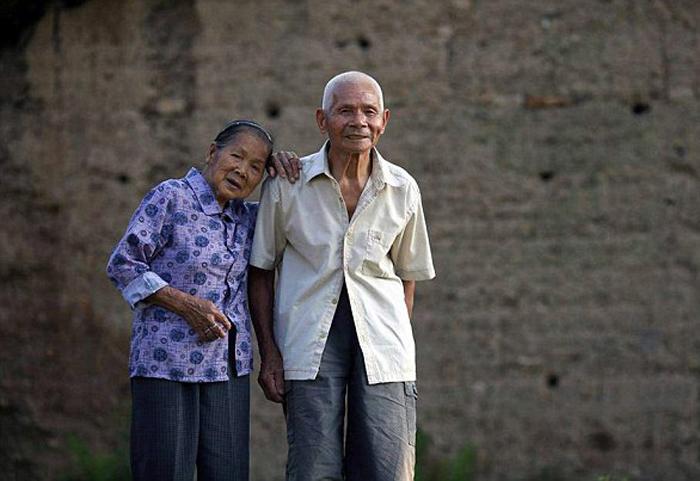 Любовь навсегда: пожилая пара отпраздновала 96 лет счастливой семейной жизни