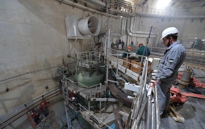 На четвертом энергоблоке Ростовской АЭС начата перегрузка имитаторов тепловыделяющих сборок