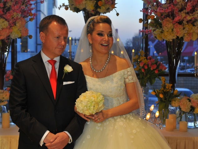 Адвокаты вступились за «беглого» мужа Максаковой