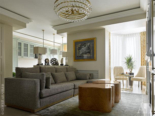 Современная, светлая квартира в Москве, 120 м²
