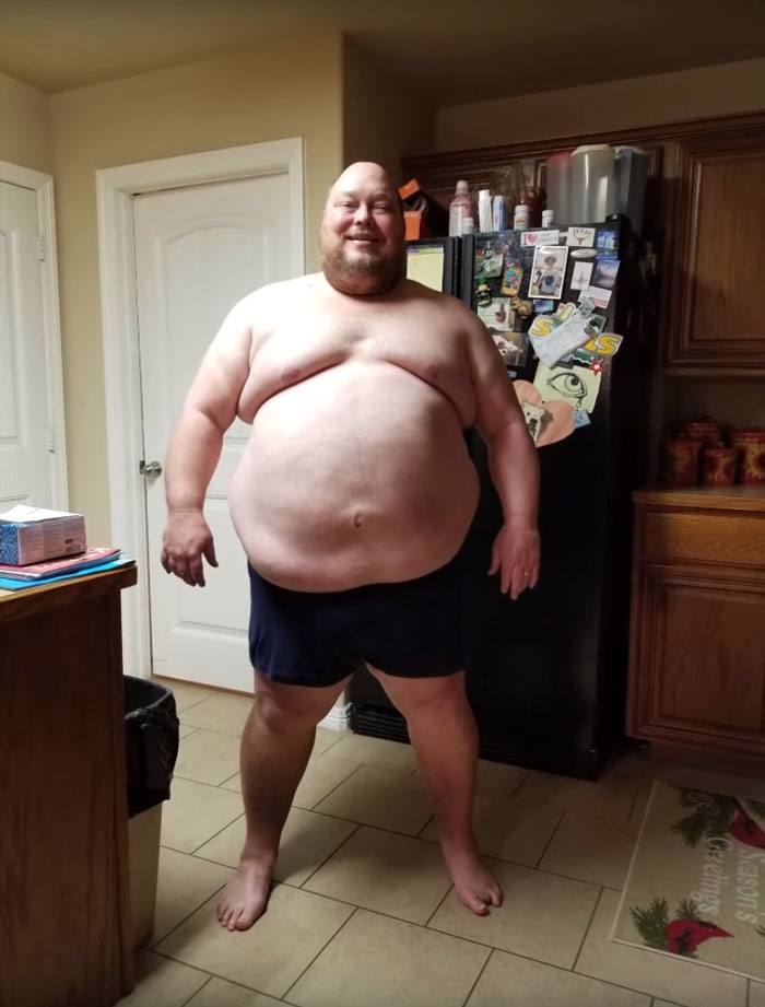475Lbs Man Reveals What 1 Year Of Workout Did To His Body, And His Transformation Is Hard To Believe