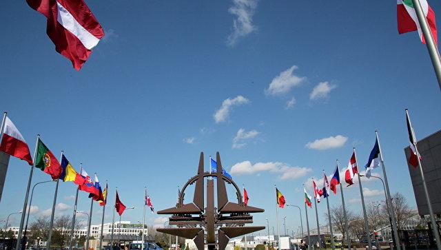 В НАТО выразили беспокойство растущей военной мощью России