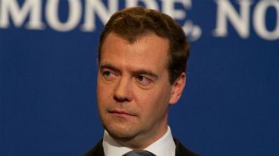 Медведев поздравил россиян с юбилеем рунета