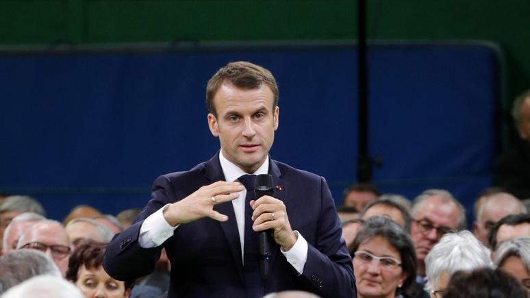 Le Figaro: Макрон назвал три сценария брексита после неудачи Мэй в парламенте