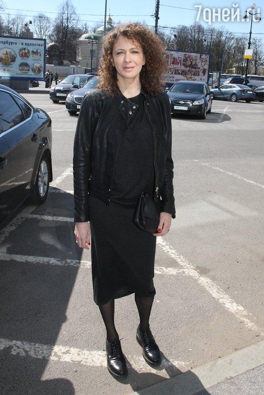 Ксения Раппопорт встретила москвичей в родном Санкт-Петербурге