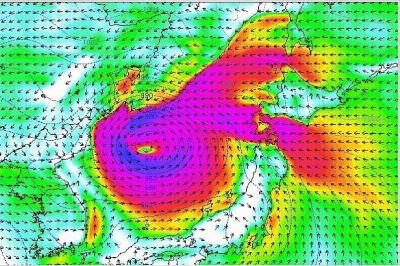 Опасения по супер-мощному тайфуну Нору начинают подтверждаться: Приморье накроет 8 августа