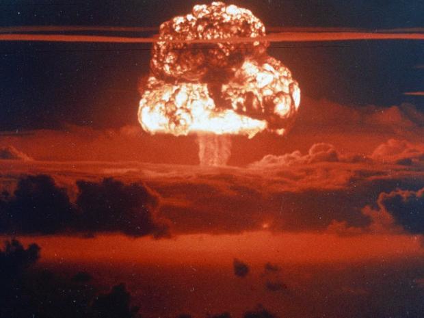 Третья Мировая неизбежна: Больше половины американцев и  британцев боятся России