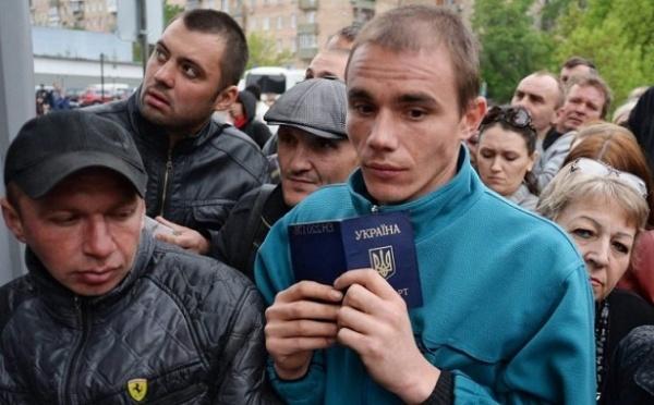 Глава правительства Литвы рад наплыву украинских гастарбайтеров