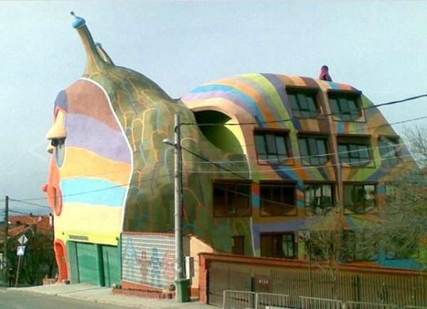 10 самых странных зданий мира