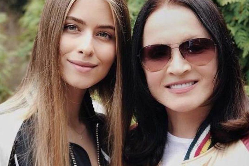17-летняя внучка Софии Ротару пошла по стопам бабушки