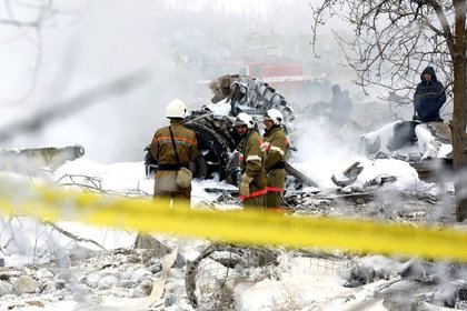 Спасатели возобновили работы на месте авиакатастрофы под Бишкеком