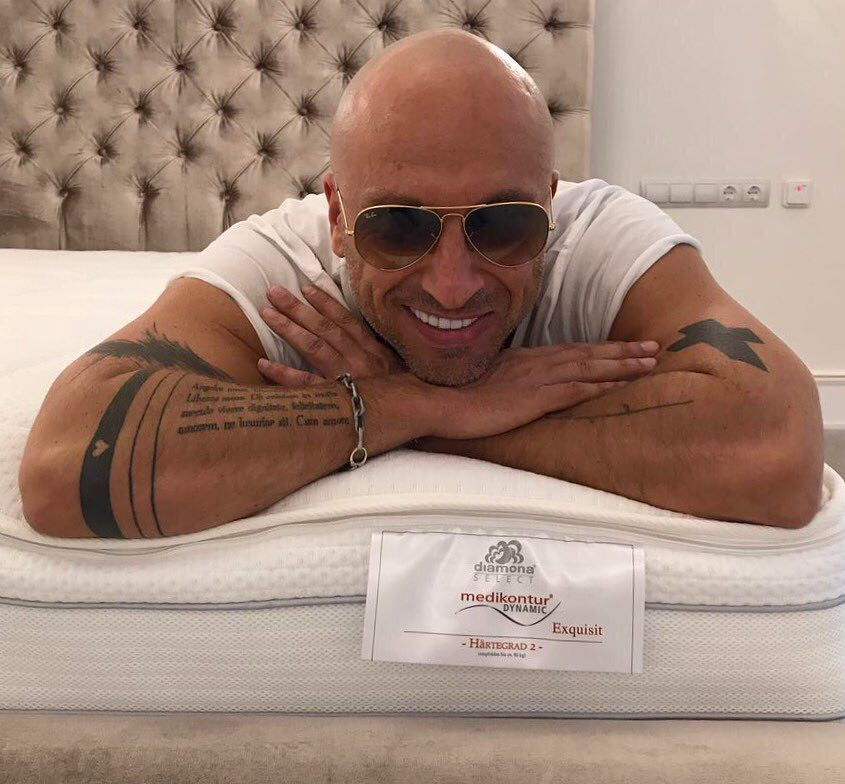 51-летний Нагиев гордо показал селфи в трусах — фото