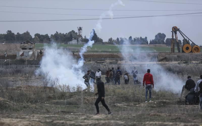 Израильские военные закрывают границу с сектором Газа