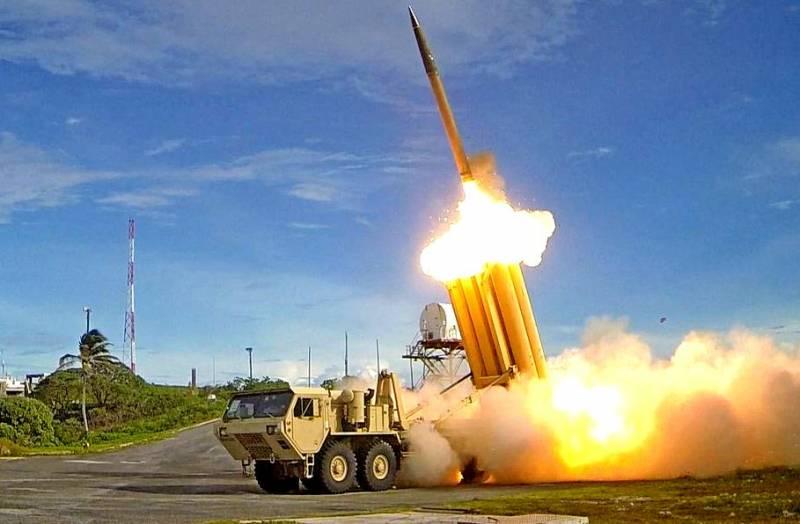 США показали, как комплекс THAAD сбивает баллистическую ракету