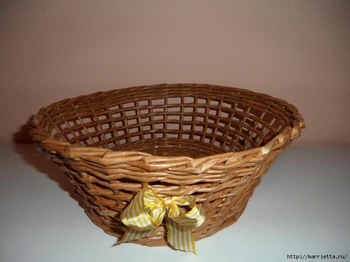Плетение из газет. Идеи и мастер-класс на донышко плетенки (51) (700x525, 196Kb)