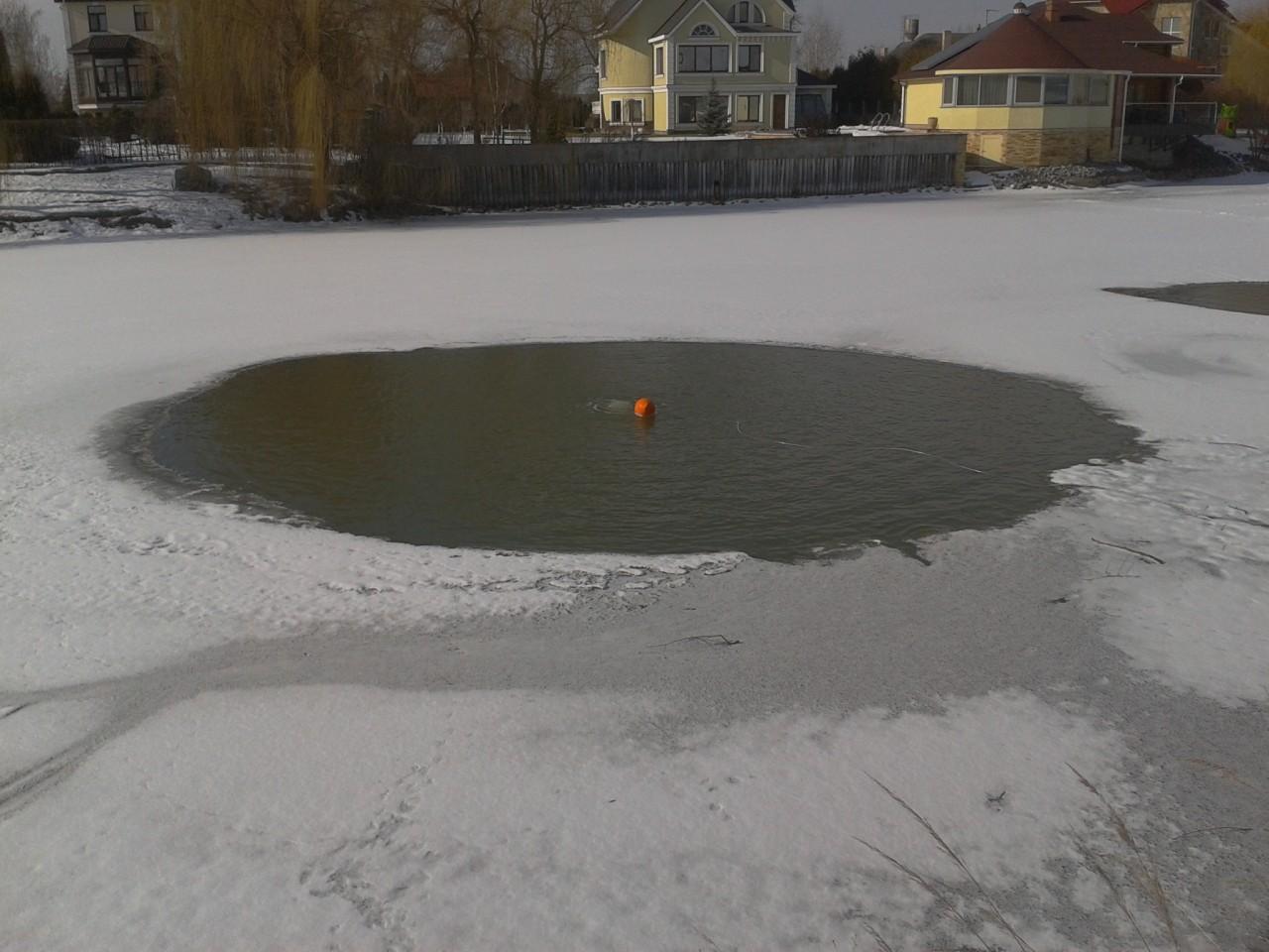 Как сделать чтобы зимой не замерзал озеро