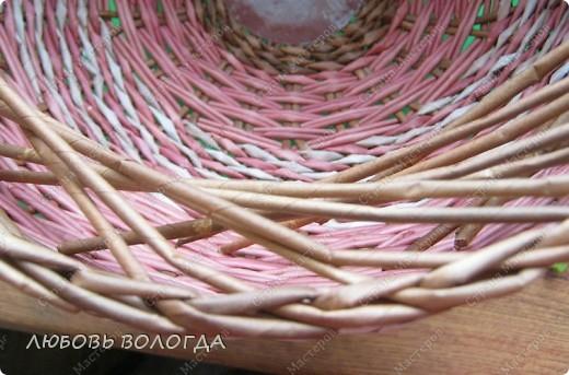 Плетение из газет. Овальные и круглые ХЛЕБНИЦЫ с крышками. Мастер-классы (35) (520x343, 189Kb)