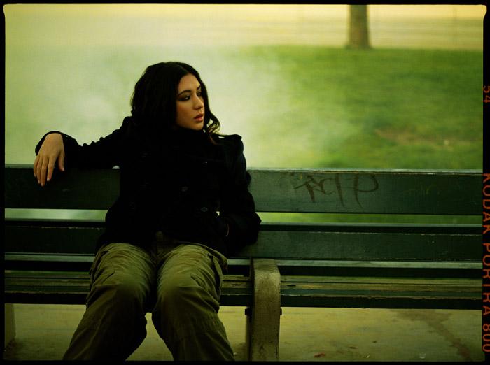 Мишель Бранч  в фотосессии для альбома Hotel Paper (2003).