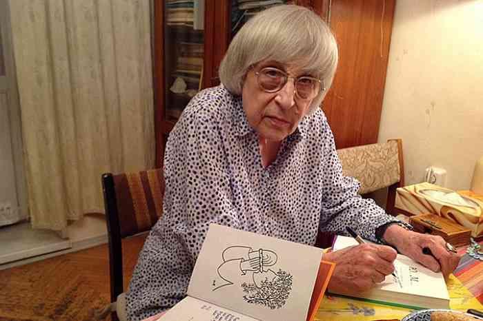 Поэтесса Юнна Мориц поделилась своими мыслями о поэзии и о преподавании литературы в школ