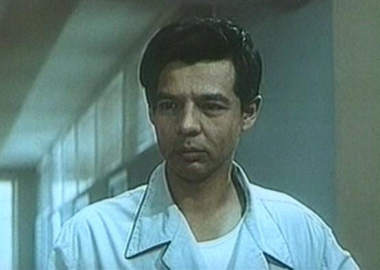 Как менялся джентльмен удачи Василий Алибабаевич (актер Раднэр Муратов) с течением времени.