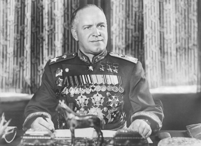 Сердцу не прикажешь — военно-полевой роман «Маршала Победы» Георгия Жукова