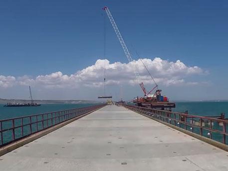 Керченский мост за одну минуту