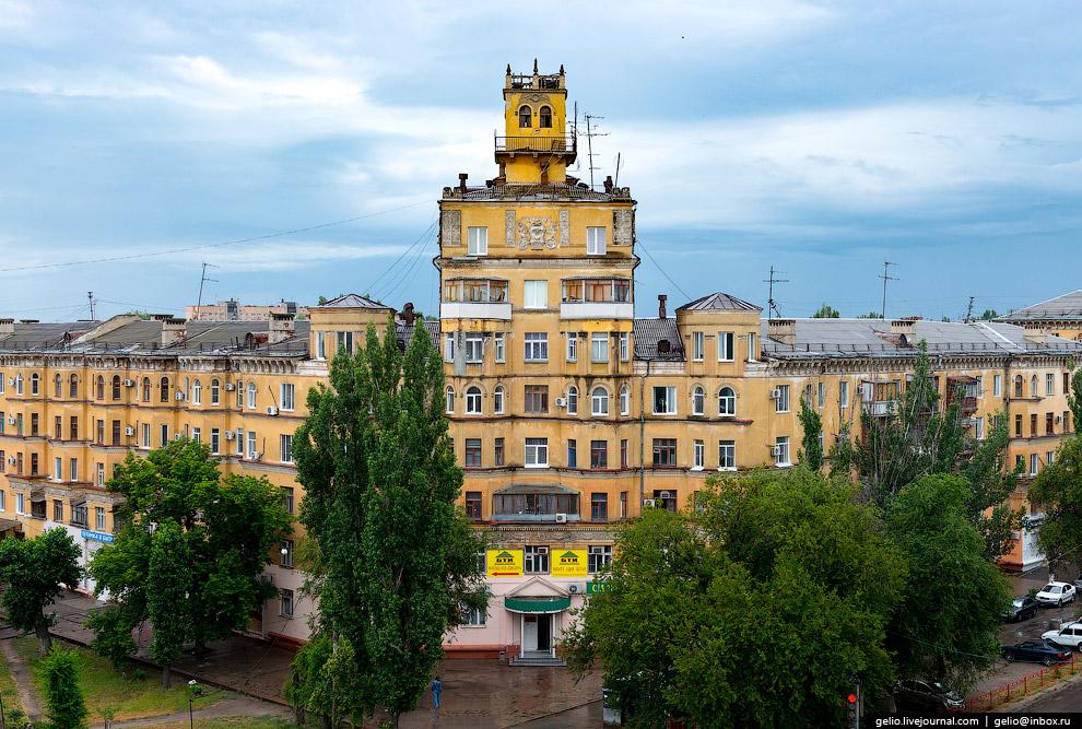 Жилой дом в Тракторозаводском районе по адресу: ул. Дзержинского, 15.