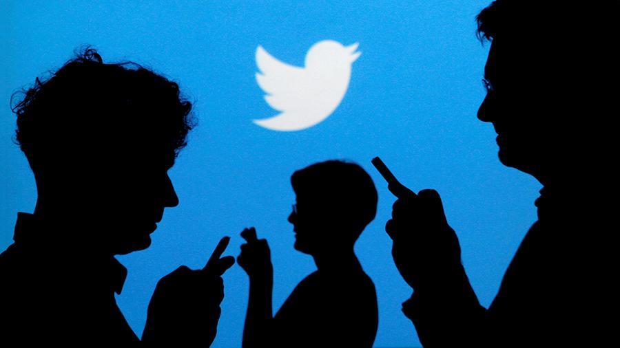 Twitter платит сотням сотрудников за чтение личной переписки пользователей