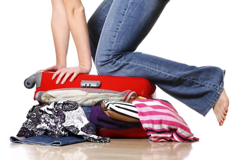 С этим трюком в чемодан можно вместить весь гардероб