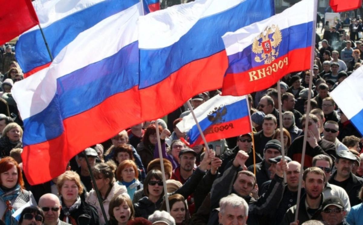 Резкое падение доверия: больше половины россиян недовольны властью