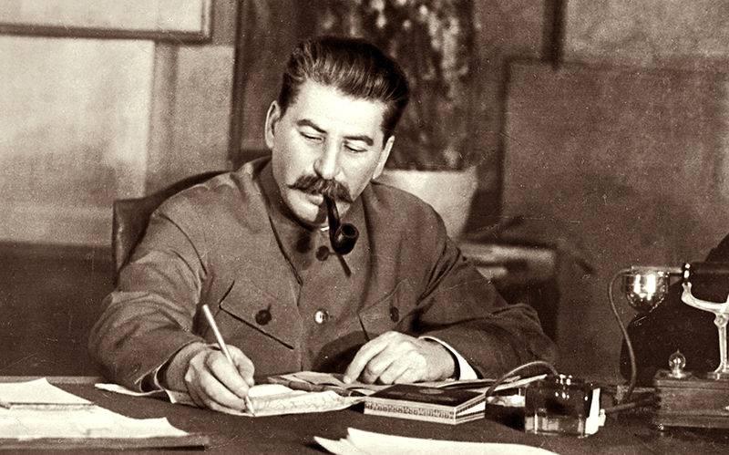 За что Сталин расстрелял Ежова на самом деле