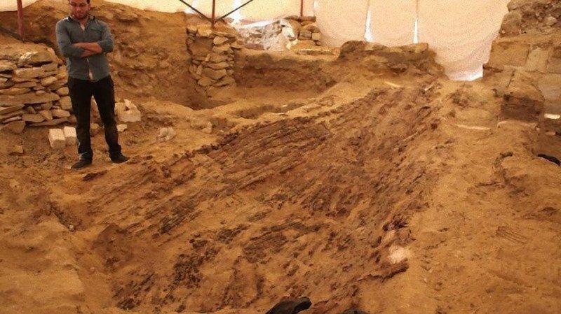 15 самых загадочных находок, обнаруженных в пустынях по всему миру(16 фото)