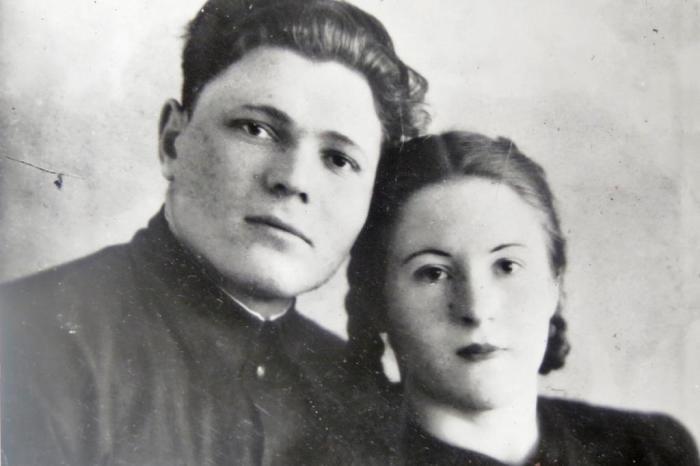Антонина Гинзбург с супругом Виктором Гинзбургом./Фото: nastroy.net