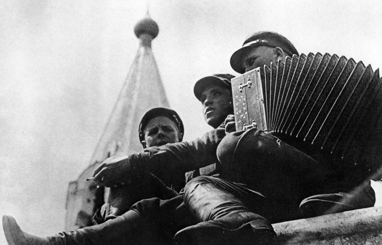1928. Красноармейская песня