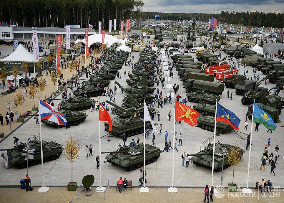 Вооруженные силы РФ могут: что думают об армии граждане?