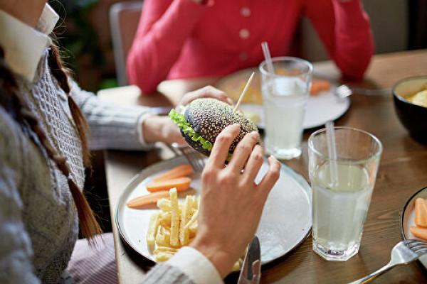 Ученые обнаружили уроссиян зимнюю пищевую зависимость