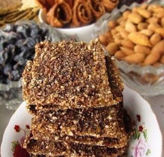 Сыроедческое печенье из фруктов, орехов и семечек