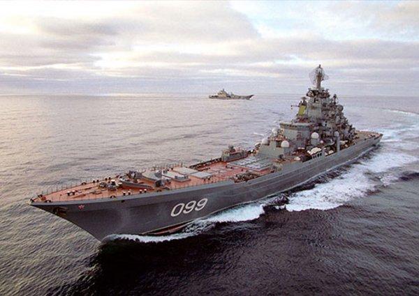Как «Петр Великий» отсек британский военный корабль от «Адмирала Кузнецова»