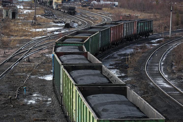 Минэнерго Украины подготовило документы о запрете ввоза угля из России