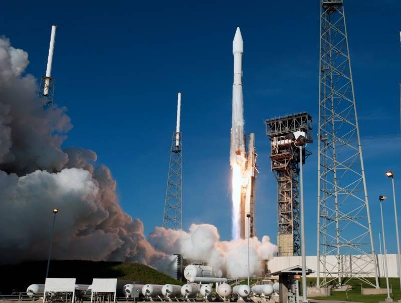 Американские военные запустили на орбиту спутник-разведчик