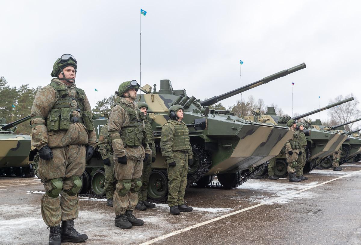 104-й десантно-штурмовой полк Псковской дивизии ВДВ получил еще один батальонный комплект БМД-4М