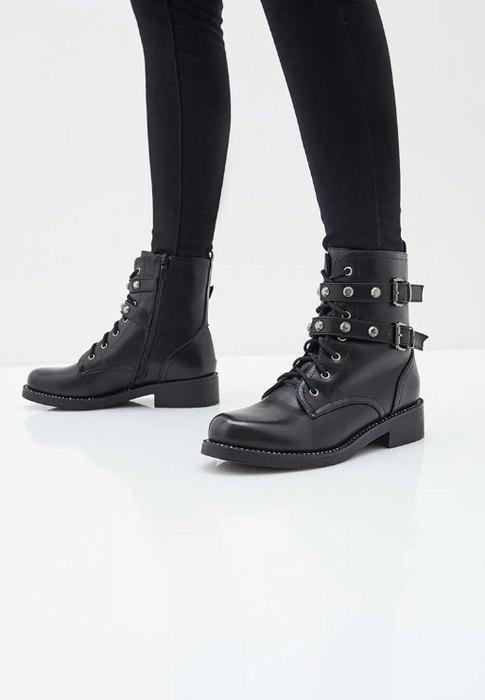 Стильные варианты байкерских ботинок