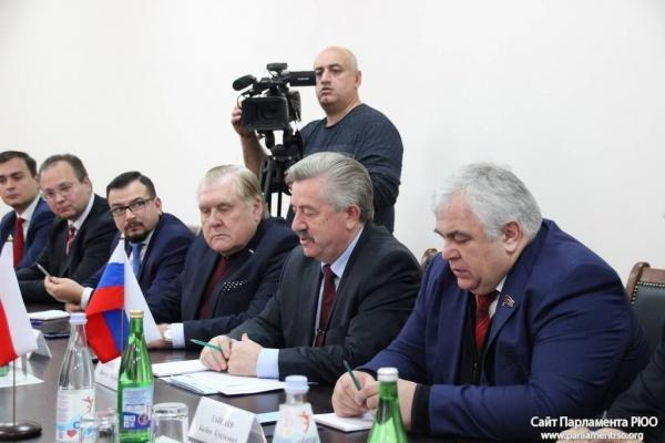 Южная Осетия попросилась вСНГ встатусе наблюдателя
