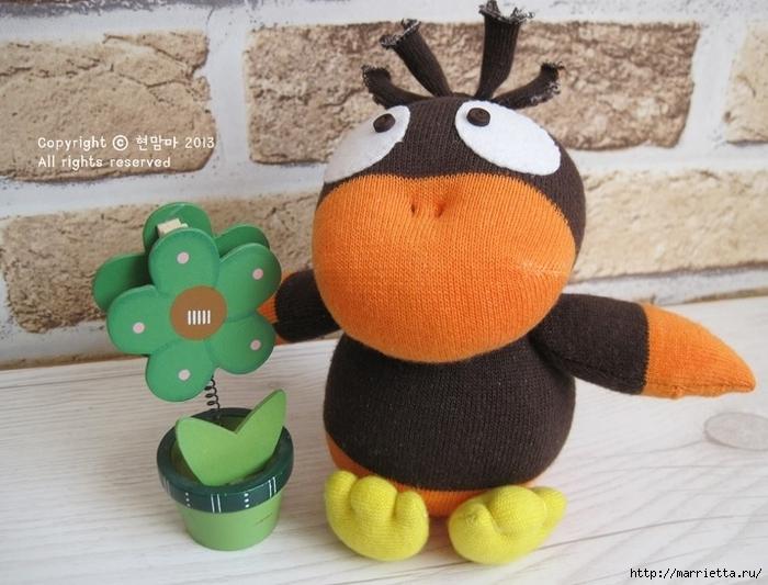 ворона. игрушки из носков (1) (700x533, 264Kb)