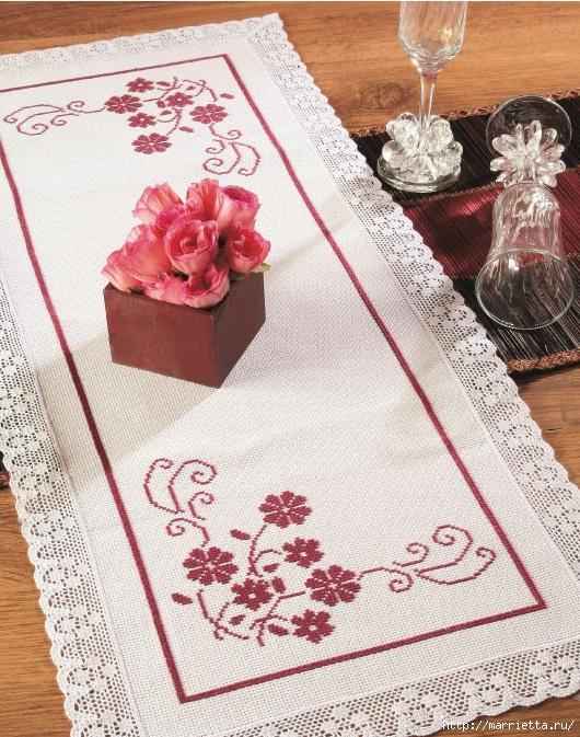 Два варианта вышивки крестом для скатертей и салфеток