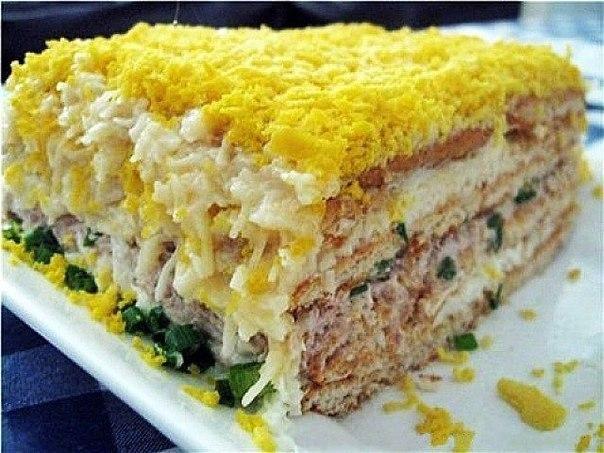 Рыбный торт-салат