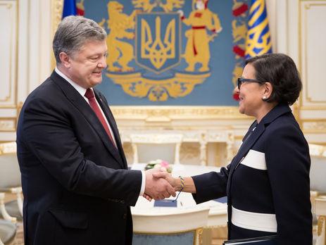 """Американский министр на встрече с Порошенко разглядела """"огромный потенциал"""" Украины"""