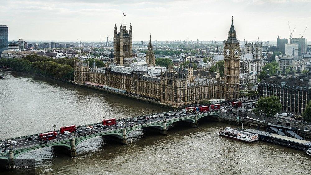 Британцы извинились за свою власть перед российскими дипломатами